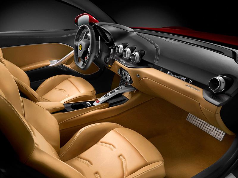 Фото Ferrari F12 Berlinetta
