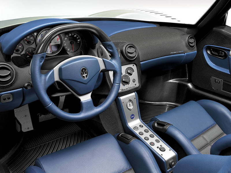 Фото Maserati MC 12