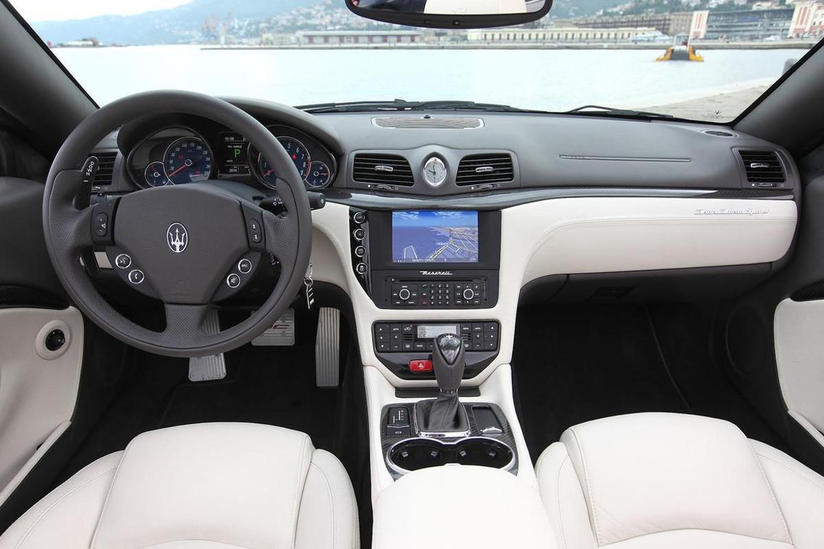 Фото Maserati GrandTurismo